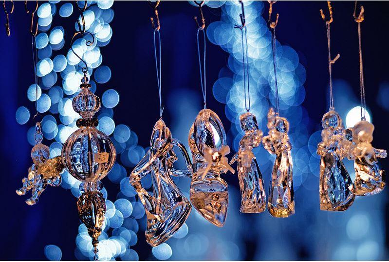 Allen Freunden, Spielern und Spielerinnen und den Familien ein schönes Weihnachtsfest!